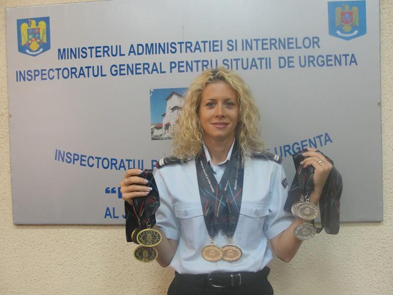 LAVINIA BREBU, CAMPIOANĂ NAȚIONALĂ LA ÎNOT
