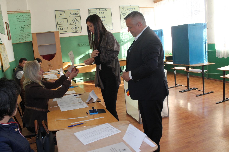PRIMARUL MARIUS SCRECIU A VOTAT PENTRU FAMILIA TRADIȚIONALĂ