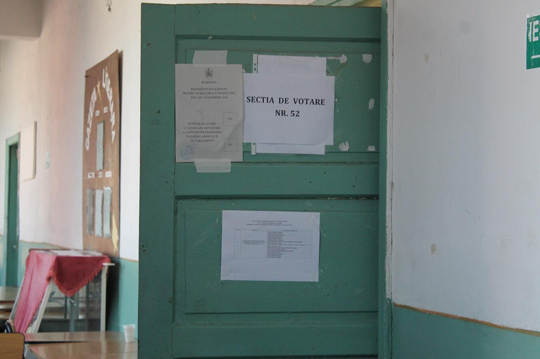 PREZENȚĂ PUȚIN PESTE 1 LA SUTĂ, LA ORA 10:00