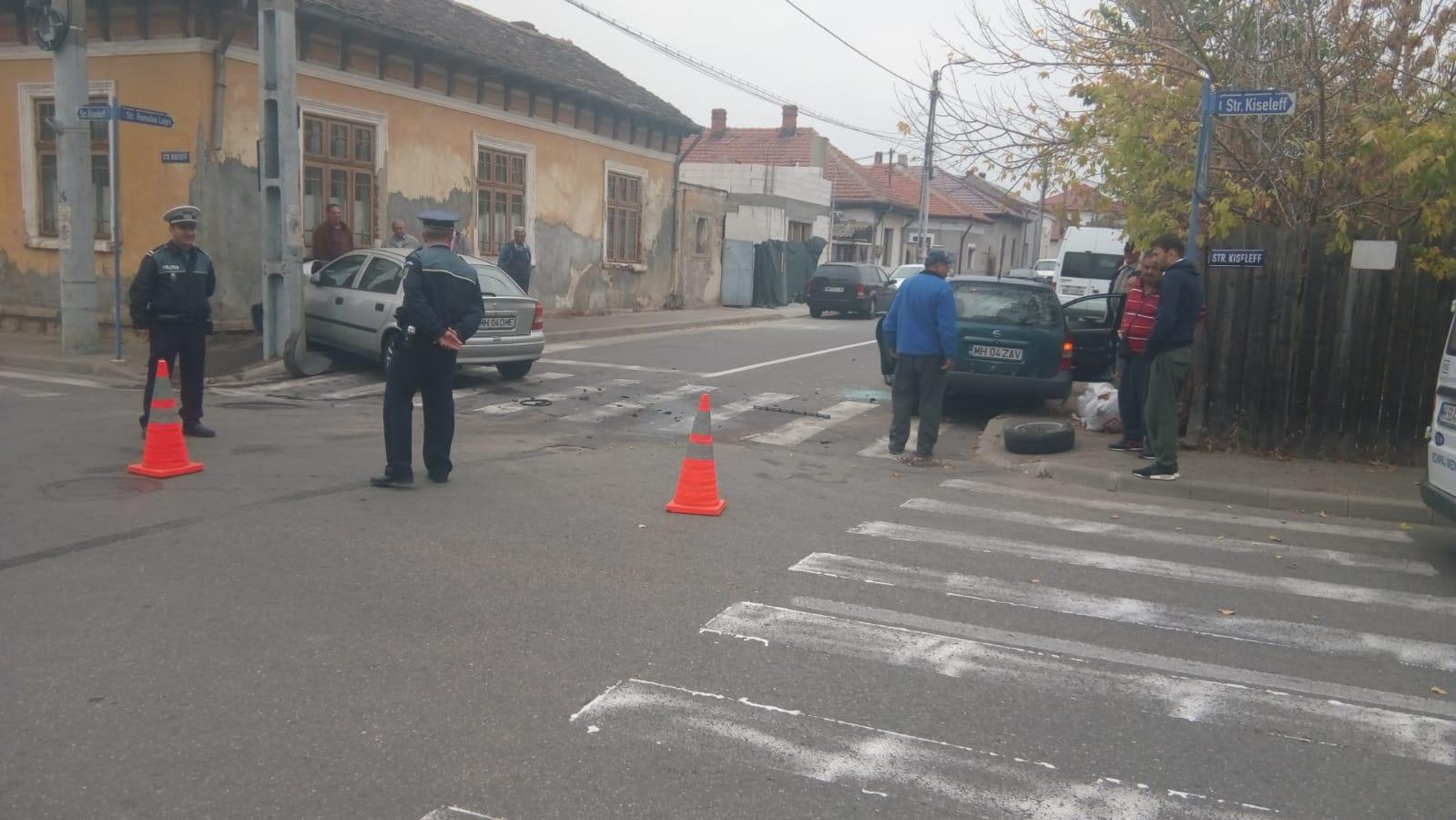 ACCIDENT PE STRĂZILE DIN MUNICIPIU, ȘOFERIȚA A AJUNS LA SPITAL