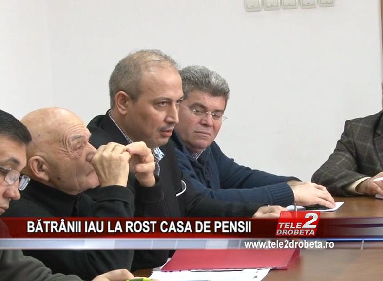 BĂTRÂNII IAU LA ROST CASA DE PENSII