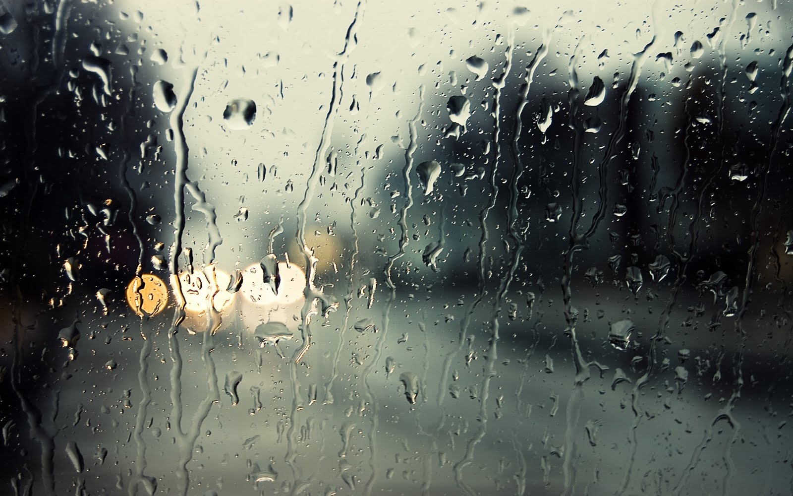 Mehedințiul este  sub cod galben de ploi, iar  atenționarea este valabilă de astăzi, de la ora 18, până mâine dimineață.